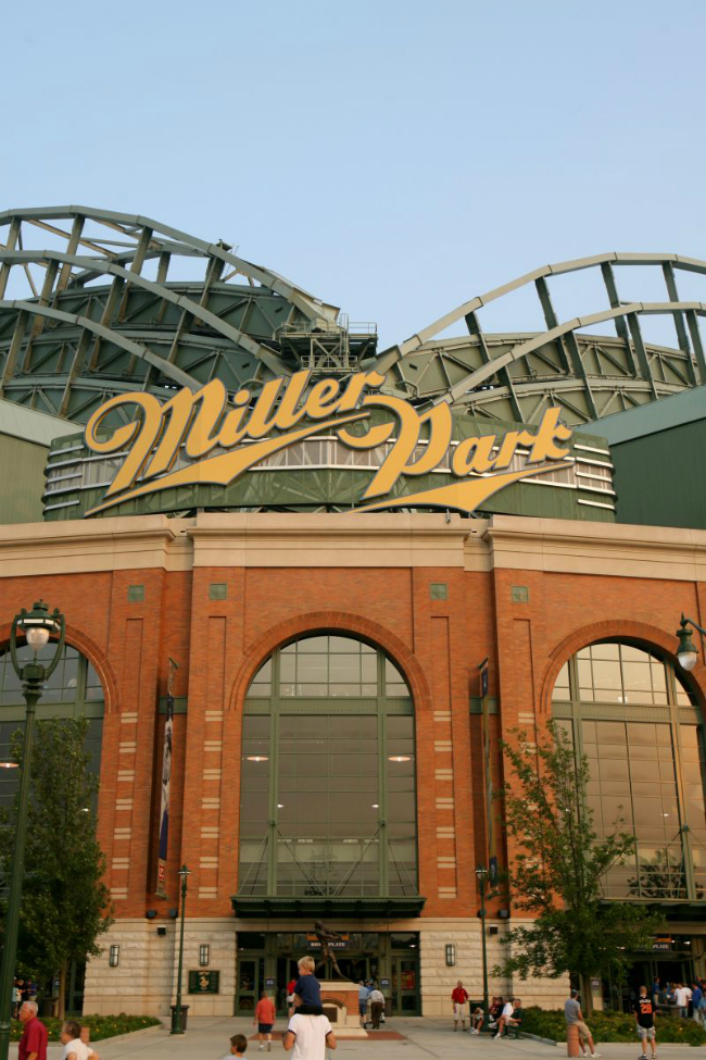 Miller Park, Milwaukee Brewers Baseball Stadium